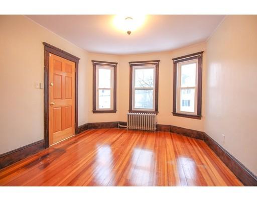 Picture 6 of 22 Piedmont St Unit 2 Salem Ma 2 Bedroom Rental