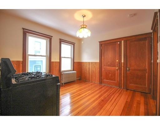 Picture 13 of 22 Piedmont St Unit 2 Salem Ma 2 Bedroom Rental