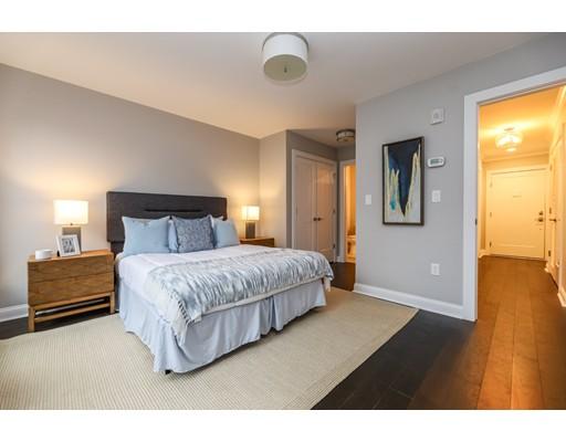 Picture 9 of 1789 Centre St Unit 203 Boston Ma 2 Bedroom Condo