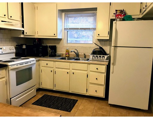 Picture 4 of 19 Thurston Rd  Newton Ma 3 Bedroom Single Family