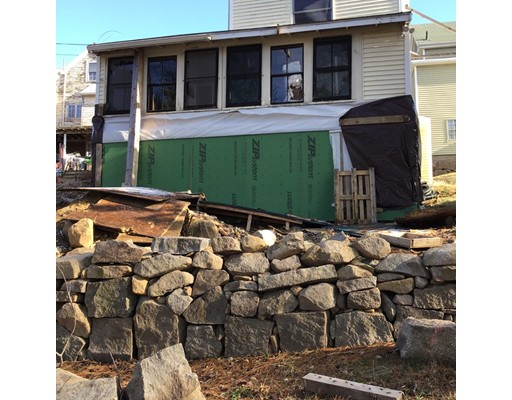 Picture 4 of 480-A Washington St  Gloucester Ma 2 Bedroom Single Family