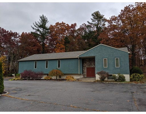 Picture 2 of 1495 Mammoth  Dracut Ma 3 Bedroom Single Family
