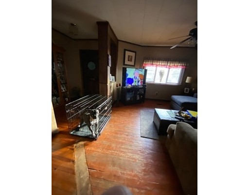 Picture 5 of 139-141 Lowell St  Methuen Ma 4 Bedroom Multi-family
