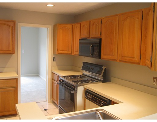 Picture 7 of 15 Kings Way Unit 51 Waltham Ma 2 Bedroom Condo