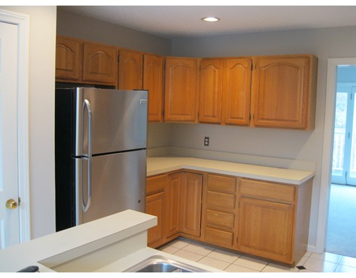 Picture 8 of 15 Kings Way Unit 51 Waltham Ma 2 Bedroom Condo