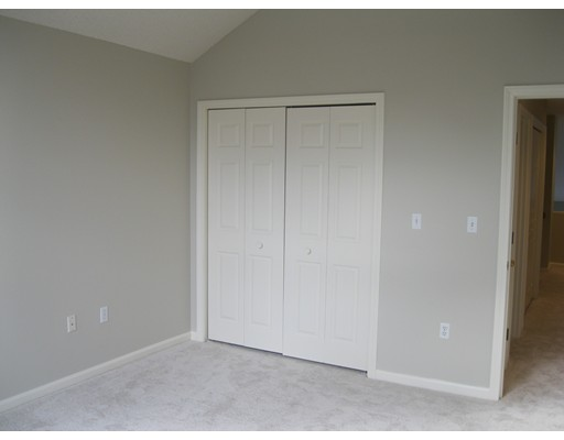 Picture 11 of 15 Kings Way Unit 51 Waltham Ma 2 Bedroom Condo