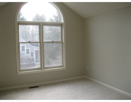 Picture 12 of 15 Kings Way Unit 51 Waltham Ma 2 Bedroom Condo