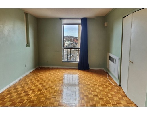 Picture 5 of 33 Pond Ave Unit 808 Brookline Ma 1 Bedroom Condo
