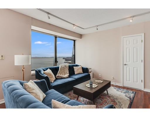 Picture 7 of 65 East India Row Unit 16e Boston Ma 1 Bedroom Condo