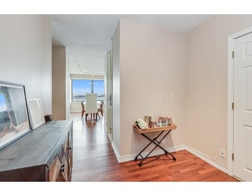Picture 10 of 65 East India Row Unit 16e Boston Ma 1 Bedroom Condo
