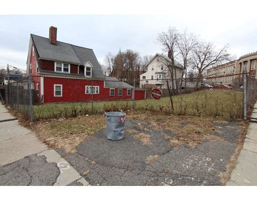 Picture 6 of 10-14-18 Winthrop St  Boston Ma 4 Bedroom Multi-family
