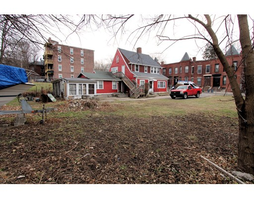 Picture 9 of 10-14-18 Winthrop St  Boston Ma 4 Bedroom Multi-family