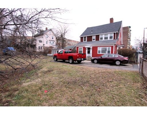 Picture 10 of 10-14-18 Winthrop St  Boston Ma 4 Bedroom Multi-family
