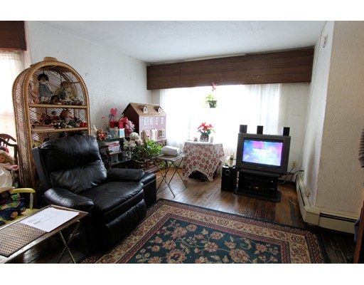 Picture 11 of 10-14-18 Winthrop St  Boston Ma 4 Bedroom Multi-family