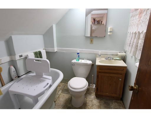 Picture 13 of 10-14-18 Winthrop St  Boston Ma 4 Bedroom Multi-family