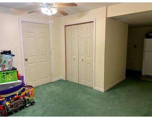 Picture 11 of 35 Oak St  Billerica Ma 3 Bedroom Single Family