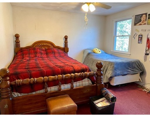 Picture 13 of 35 Oak St  Billerica Ma 3 Bedroom Single Family