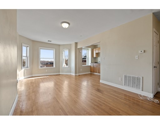Picture 1 of 5 Everett Ave Unit 3 Boston Ma  2 Bedroom Condo#