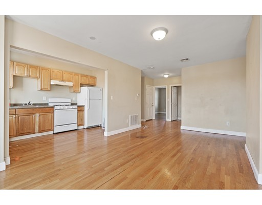Picture 2 of 5 Everett Ave Unit 3 Boston Ma 2 Bedroom Condo