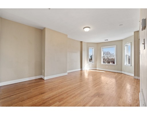 Picture 4 of 5 Everett Ave Unit 3 Boston Ma 2 Bedroom Condo