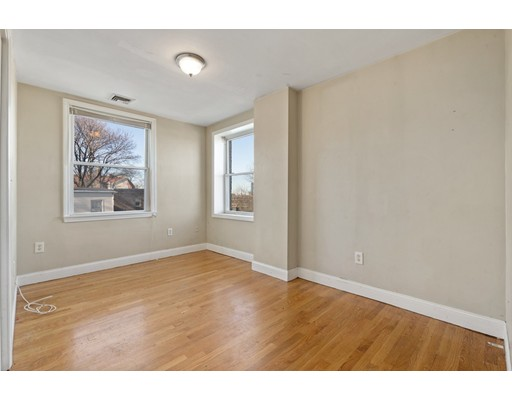 Picture 6 of 5 Everett Ave Unit 3 Boston Ma 2 Bedroom Condo