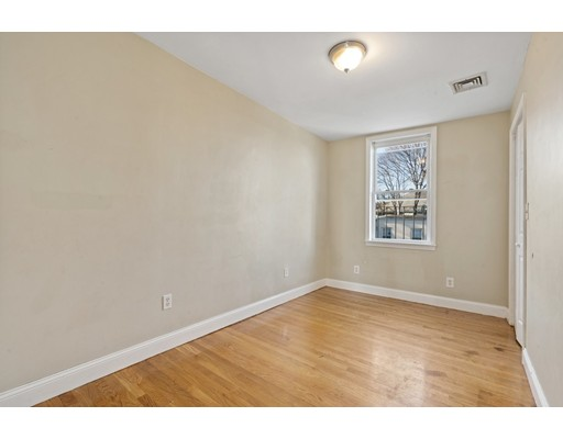 Picture 7 of 5 Everett Ave Unit 3 Boston Ma 2 Bedroom Condo