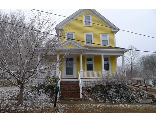 Picture 2 of 61 Orchard St  Amesbury Ma 4 Bedroom Single Family