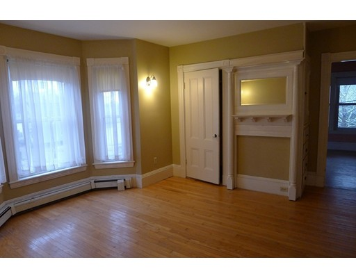 Picture 9 of 61 Orchard St  Amesbury Ma 4 Bedroom Single Family