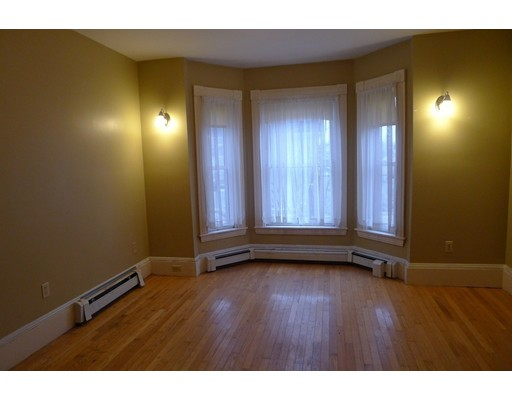 Picture 10 of 61 Orchard St  Amesbury Ma 4 Bedroom Single Family