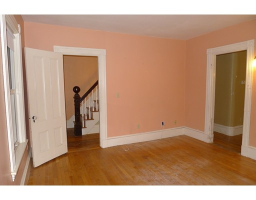 Picture 12 of 61 Orchard St  Amesbury Ma 4 Bedroom Single Family