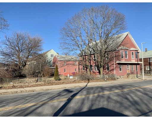 Picture 5 of 1449 Hyde Park Ave  Boston Ma 3 Bedroom Multi-family