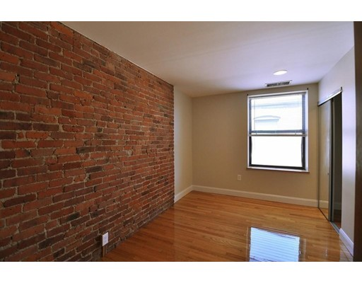 Picture 13 of 95 Gainsborough St Unit 408 Boston Ma 2 Bedroom Condo