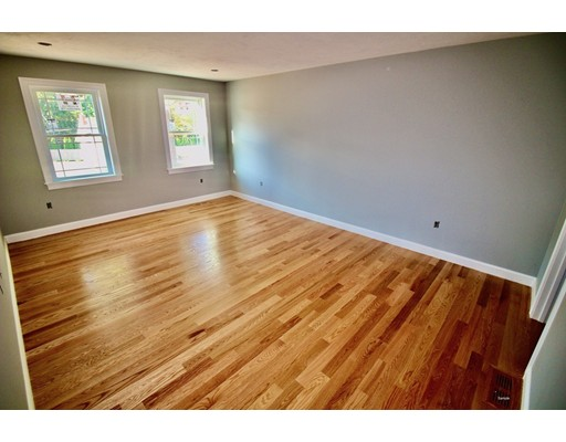 Picture 6 of 16 Tomahawk Dr  Billerica Ma 3 Bedroom Single Family