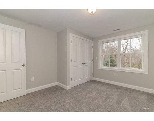 Picture 8 of 16 Tomahawk Dr  Billerica Ma 3 Bedroom Single Family