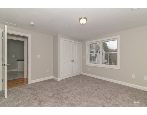 Picture 10 of 16 Tomahawk Dr  Billerica Ma 3 Bedroom Single Family