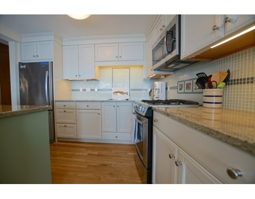 Picture 10 of 24 Lee St Unit B10 Marblehead Ma 1 Bedroom Condo