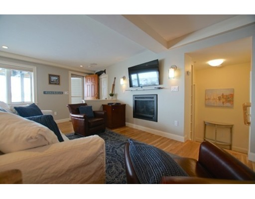 Picture 12 of 24 Lee St Unit B10 Marblehead Ma 1 Bedroom Condo