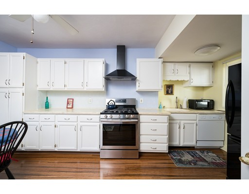 Picture 4 of 80 Hamilton St  Quincy Ma 3 Bedroom Single Family