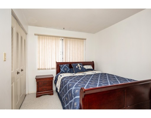 Picture 7 of 49 Farrwood Dr Unit 49 Haverhill Ma 3 Bedroom Condo