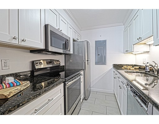 Picture 10 of 199 Coolidge Ave Unit 102 Watertown Ma 2 Bedroom Condo
