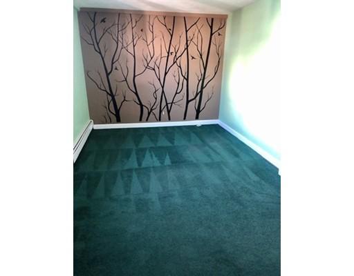 Picture 7 of 25 Foster St Unit 1 Salem Ma 2 Bedroom Rental