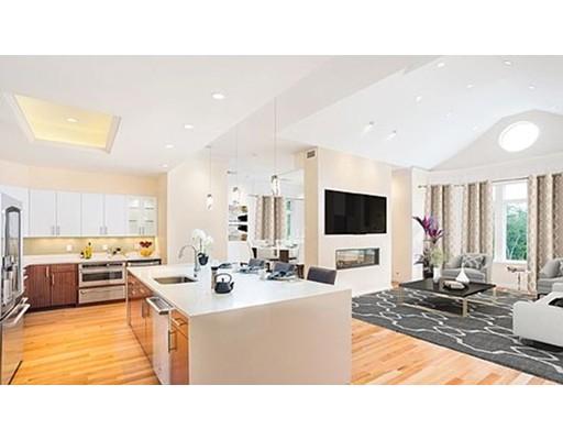 201 Estate Drive, 121 - Newton, MA