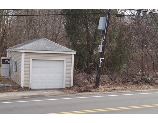 Picture 10 of 1483 Mammoth Rd  Dracut Ma 4 Bedroom Single Family
