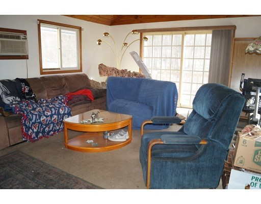 Picture 13 of 1483 Mammoth Rd  Dracut Ma 4 Bedroom Single Family