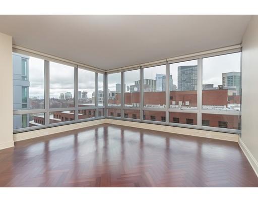 1 Charles St. S #1404 Floor 14