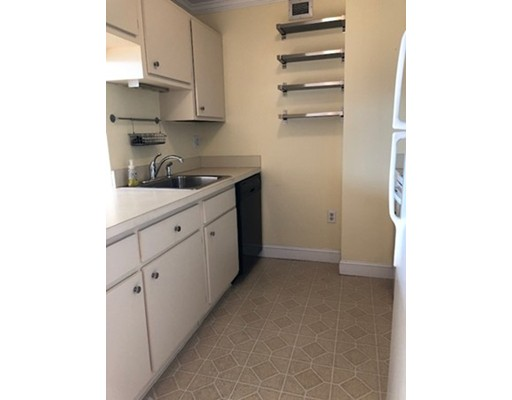 Picture 6 of 77 Adams St Unit 1009 Quincy Ma 2 Bedroom Condo
