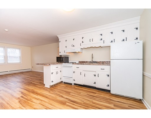 Picture 5 of 174 Tyngsboro Rd Unit 20 Chelmsford Ma 2 Bedroom Condo