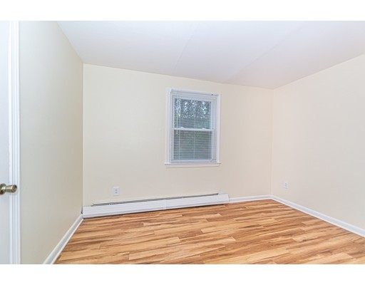 Picture 9 of 174 Tyngsboro Rd Unit 20 Chelmsford Ma 2 Bedroom Condo