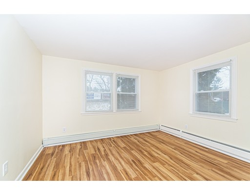 Picture 11 of 174 Tyngsboro Rd Unit 20 Chelmsford Ma 2 Bedroom Condo