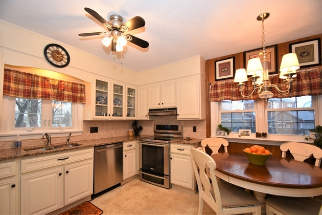 Picture 6 of 44 Thaxter Rd  Newton Ma 4 Bedroom Single Family